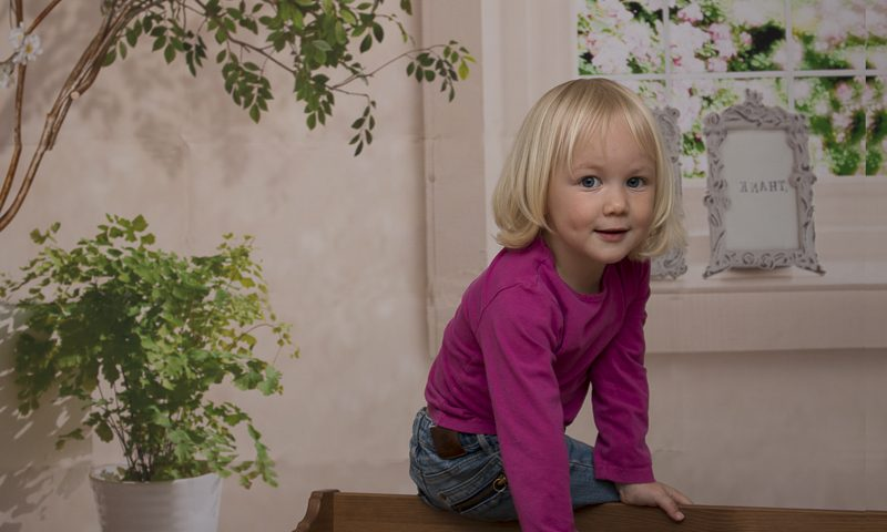 Kinderportraits mit exklusivem Hintergrund